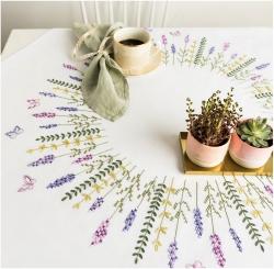 Stickpackung Decke Lavendelkranz