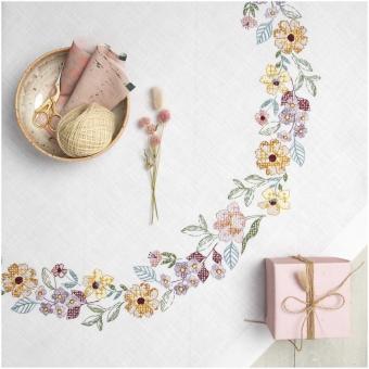 Stickpackung Decke Sommerblütenkranz von Rico